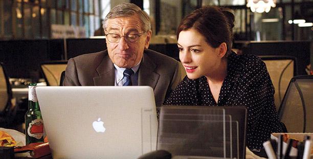 Lecciones de cine: El becario (una película llena de buenos valores profesionales)